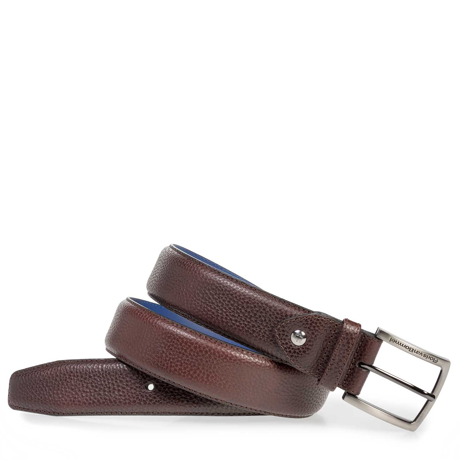 75202/12 - Dark brown leather belt with structure