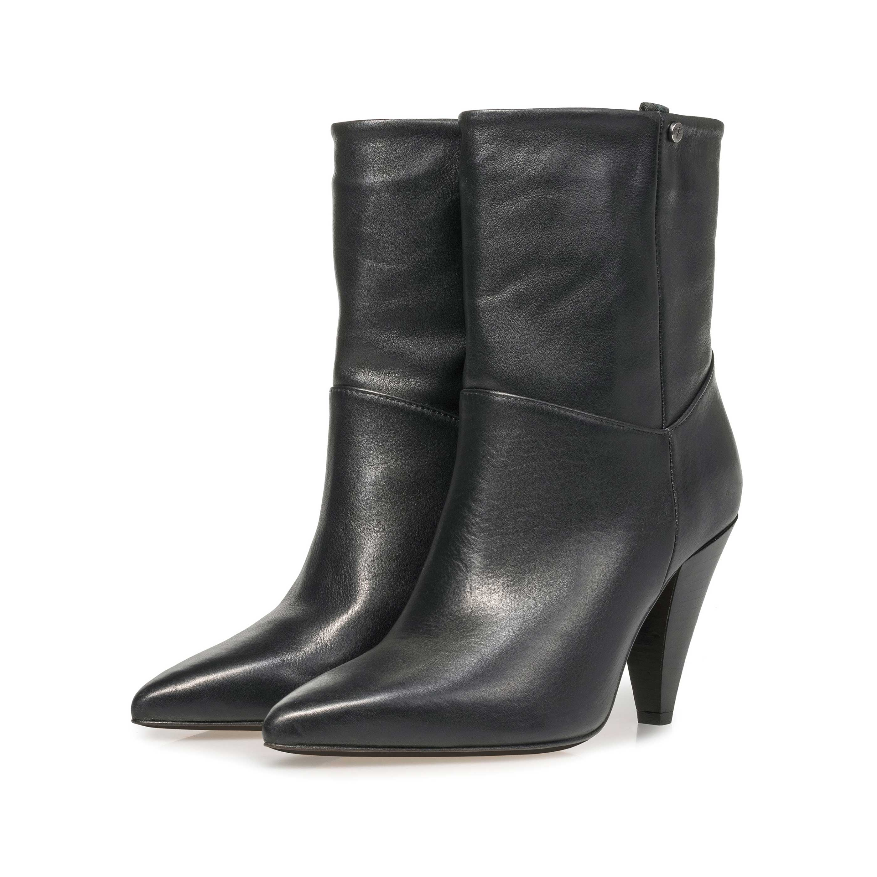 85630/01 - Black nappa leather high boots