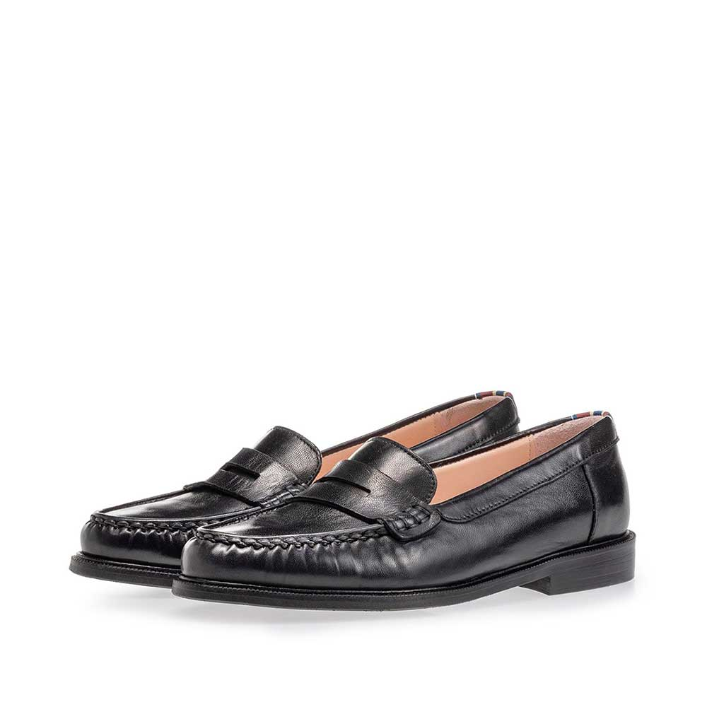 85428/00 - Loafer black nappa leather